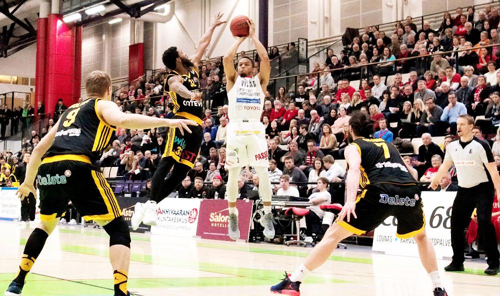 Jame-Shaft-Sustainability-Basketball-Tickets-Employees